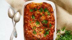 """Igorin kanan suosio yllätti tekijänsäkin, Henri Alénin """"Muttikastiketta"""" tekivät kaikki – kokeile vuosikymmenen hittiohjeita - Ajankohtaista - Ilta-Sanomat Chana Masala, Lasagna, Chicken Recipes, Curry, Good Food, Ethnic Recipes, Koti, Interesting Recipes, Red Peppers"""