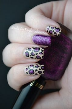 Leopard print with glitter