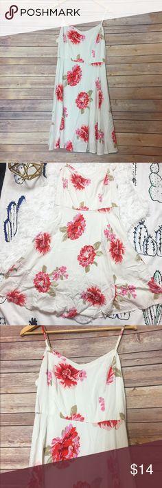 Flower dress white old navy Size medium Old Navy Dresses Midi