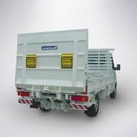 A capacidade das Plataformas elevatórias de carga veicular MKS 500P3E A Plataformas Elevatórias de Carga Veicular MKS 500P3E embora seja fabricada em aço, é uma das mais leves da categoria (pesa 237kg) sem perder sua grande capacidade de carga.