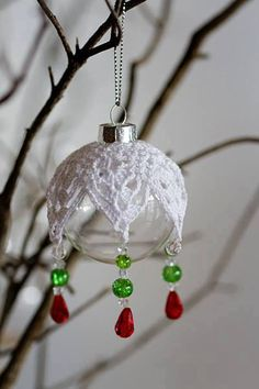 32 Ideas Crochet Christmas Ball Pattern Beaded Ornaments For 2019 Christmas Crochet Patterns, Crochet Christmas Ornaments, Crochet Snowflakes, Holiday Crochet, Beaded Ornaments, Ball Ornaments, Christmas Items, Christmas Balls, Christmas Diy