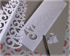 Ninuska: Pitsinen paperikuusi / Paper lace tree
