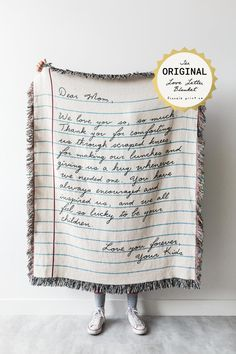 Love Letter Blanket: Personalized Gift for Mom Woven   Etsy Calgary, Bff, Personalized Fathers Day Gifts, Blue And Green, Kids Blankets, Throw Blankets, Dear Mom, Handwritten Letters, Queen