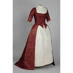 1770 DamaskDay Gown--remade from earlier fabric?  Leeds LEEAG.1949.0008.0020