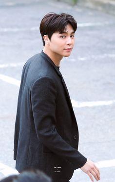 (Sequel How To Love dan How To Stay) Cerita keseharianmu sebagai Bu… Winwin, Taeyong, Jaehyun, Nct 127 Johnny, Yuta, Daddy Long, Fandoms, Kpop, Airport Style