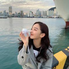 Sun Aesthetic, Golden Life, Korean Drama, Daniel Wellington, Celebs, Actresses, Actors, Instagram, Beautiful