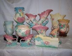 Hull Pottery Hull Pottery, Pottery Marks, Roseville Pottery, Antique Pottery, Mccoy Pottery, Antique China, Antique Glass, Vintage Glassware, Vintage Enamelware