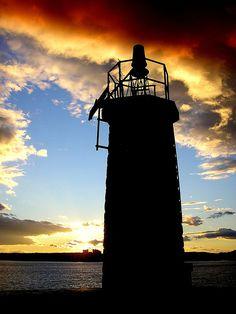 Faro by sensiblegrandeza, via Flickr. Torrevieja, Alicante, Spain Torrevieja, Valencia, Alicante Spain, Madrid, Abandoned, Villa, Boat, Island, Explore
