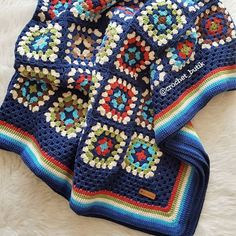 crochetbutik on March 26 2020 Crochet Ripple Blanket, Crochet Afghans, Crochet Squares, Crochet Granny, Crochet Blanket Patterns, Crochet Stitches, Knitting Patterns, Granny Square Blanket, Crochet Cardigan