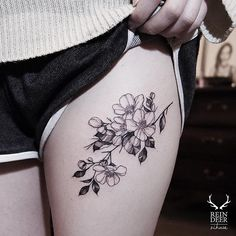 Mom tattoos, line tattoos, tattoos for women, tatoos, small thigh tattoos. Mom Tattoos, Line Tattoos, Trendy Tattoos, Body Art Tattoos, Tattoos For Guys, Sleeve Tattoos, Small Thigh Tattoos, Flower Thigh Tattoos, Tattoo Flowers