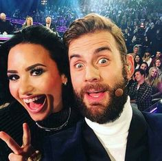 Demi in American Idol 2015