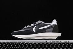 Nike Waffle Racer, Nike Air Max Plus, Nike Kyrie, Air Jordan Shoes, Casual Shoes, Nike Men, Running Shoes, Air Jordans, Sneakers Nike