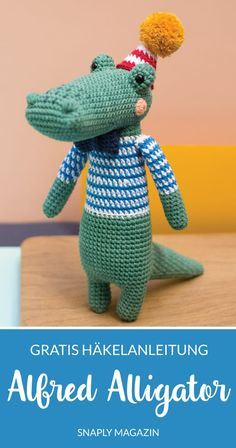 Crochet un lindo cocodrilo con esta guía de la revista Snaply The post Patrón de ganchillo gratis: Alfred Alligator appeared first on Crystal Wilson. Hand Knitting, Knitting Patterns, Crochet Patterns, Crochet Gratis, Free Crochet, Knitted Teddy Bear, Easy Knitting Projects, Diy Accessoires, Hand Knitted Sweaters