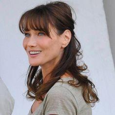 Carla Bruni Sarkozy maman, on a trouvé la tenue de sa fille Giulia ! - Maman - Plurielles.fr