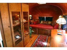vintage airstream - I love these little doll houses. Airstream Remodel, Airstream Renovation, Airstream Interior, Vintage Airstream, Airstream Trailers, Vintage Travel Trailers, Vintage Campers, Camper Caravan, Gypsy Caravan