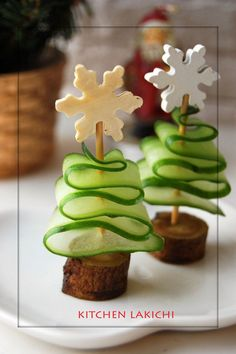 LOVE these adorable little Christmas trees!
