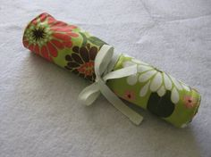picnic utensil roll-up. Very like the crayon rolls I make.