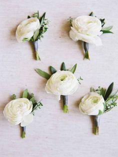 Featured Photographer: Esther Sun Photography; wedding boutonniere idea