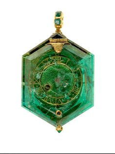 The Cheapside Hoard - a priceless collection of 16th and 17th century jewellery found buried in London in 1912 on display in the museum of london. 17th century watch made of Colombian emerald. Part of the Cheapside Hoard.