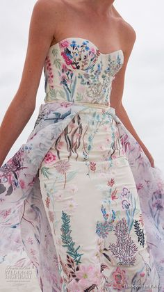 Wedding hermione de paula spring 2019 bridal zstrapless sweetheart neckline full embellishment bustier sexy romantic colorful short sheath wedding dress a line overskirt zv -- Hermione De Paula Spring 2019 Wedding Dresses Colored Wedding Dresses, Wedding Gowns, Nontraditional Wedding Dresses, Bridal Gown, Short Wedding Guest Dresses, Ruched Wedding Dress, Civil Wedding, Prom Gowns, Wedding Ceremony