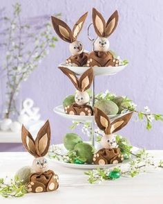"""Filz-Hase Diese (Idee mit Anleitung – Klick auf """"Besuchen""""!) - süßen Osterhasen aus Filz sind wahre Herzensbrecher und ganz schnell gebastelt! Damit kann man auch kleine Ostergeschenke und Mitbringsel basteln!"""