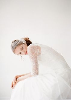 Portrait Photography Inspiration : [by Elizabeth Messina for Twigs & Honey] Wedding Veils, Wedding Bride, Dream Wedding, Bridal Dresses, Flower Girl Dresses, Charo Ruiz, Portrait Photography, Wedding Photography, Photography Magazine