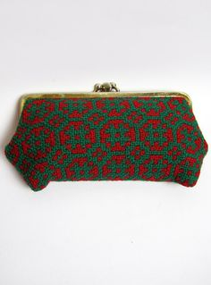 Vintage 1970s Red & Green Wool Welsh Tapestry Purse available to buy online at Virtual Vintage Clothing £9