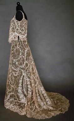 POINT DE GAZ EVENING GOWN, WORN IN 1933 Sideway