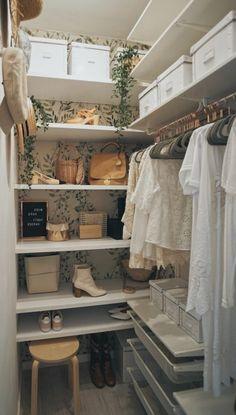 Bedroom Closet Design, Room Ideas Bedroom, Closet Designs, Bedroom Decor, Wardrobe Room, Aesthetic Bedroom, New Room, Home Decor Inspiration, New Homes