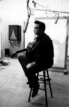 It's the legend Johnny Cash's Birthday today...