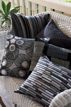 Edition 20 - KAS Cushions, black and white Black And White Cushions, Black Couches, Couch Cushions, Throw Pillows, Cosy Bedroom, Diy Cushion, Sand Art, Bedding, Shabby Chic