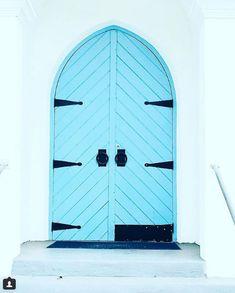 #bluedoor #door #doors #doorsofinstagram #instadoor #keywest #architecture #architecturelovers #doorsdoorsdoors