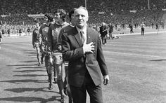 08051971 fa cup final lfc v arsenal 1 2 Real Soccer, Soccer Fans, Football Fans, Liverpool Fc Managers, Liverpool Football Club, Bill Shankly, Picture Store, Fa Cup Final, You'll Never Walk Alone