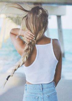 long hair | hair extensions | rubin extesions | plait | blonde girl rubin…