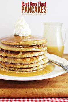 Linky Party Favorite --> Root Beer Float Pancakes with Vanilla Ice Cream Syrup are definitely worth waking up to! Your whole family will love these delicious pancakes!