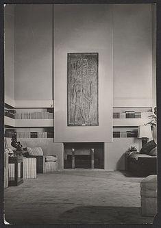 Annenberg living room designed by T. Robsjohn-Gibbings, ca. Terence Harold Robsjohn-Gibbings papers, Archives of American Art, Smithsonian Institution. Bauhaus, Art Deco Room, Art Deco Era, Harlem Renaissance, Architecture Details, Interior Architecture, Interior Design, Art Deco Zimmer, Pho