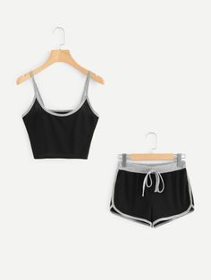 Cropped Cami, Cami Crop Top, Cami Tops, Cute Lazy Outfits, Summer Outfits, Casual Outfits, Fashion Outfits, Calvin Klein Bralette Outfit, Cute Pjs