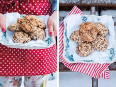 Nein, das sind keine kleinen Plätzchen oder Kekse! Trotzdem sehr süßlich und unglaublich schmackhaft – Quinoa-Brötchen mit rotem Quinoa und Datteln. Sie sind der ideale und gesunde Snack für zwischendurch – sei es für die Arbeit oder für die Kids in der Schule.
