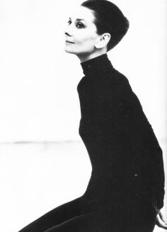Audrey Hepburn. Gorgeous at any age.