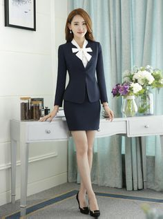 Black short skirt overalls business suit set for women Classy Business Outfits, Business Dresses, Business Suits, Business Formal, Korean Girl Fashion, Asian Fashion, Business Professional Women, Short Skirts, Mini Skirts