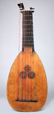 Lute labeled Magno Dieffopruchar a Venetia and Thomas Edlinger Reparavit Pragae, Anno 1728. Ex coll.: Carl Des Fours Walderode, Hrubý Rohozec Castle, Bohemia (Czech Republic). Purchase funds gift of Margaret Ann Everist, Sioux City, Iowa, 2002. This lute bears two labels that suggest that it was made by Magno Tieffenbrucker, the prominent Venetian maker, and modified by Thomas Edlinger of Prague.