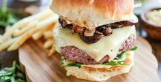 Truffle Burgers with Balsamic-Glazed Mushrooms and Onion-Bacon Compote @jalanesulia @sargentocheese #realcheesepeople
