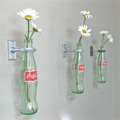 compositions florales - compositions avec des bouteilles de coca