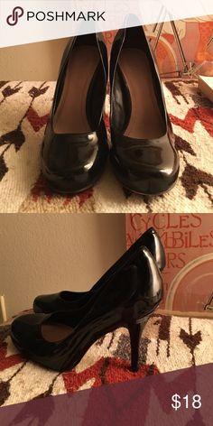 Vince Camuto pumps Patent leather Vince Camuto pumps. Vince Camuto Shoes Heels