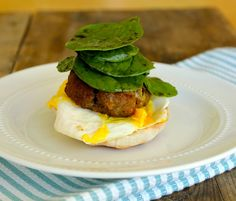 English Breakfast Burgers - start your morning off with this healthy and filling sandwich