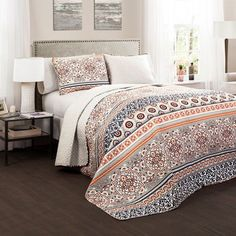 Nesco Navy and Coral Three-Piece Full/Queen Quilt Set