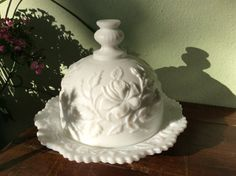 yes this is a butter dish, but I believe it could also be a fantastic cheese ball serving mold and would look great presented on special occations. •