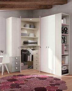 Bedroom Closet Design, Girl Bedroom Designs, Home Room Design, Closet Designs, Wardrobe Design, Dressing Room Closet, Dressing Room Design, House Beds For Kids, Creative Closets