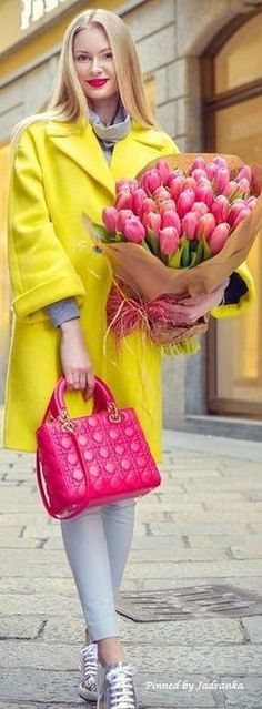 Girl Next Door Fashion. Keys To Finding The Best Sneakers For Women. Are you shopping for the best sneakers for women? Color Splash, Summer Shades, Harvest Time, Change Is Good, Best Sneakers, Girl Next Door, Pretty Outfits, Pretty Clothes, Colorful Fashion