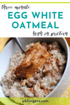 This three-minute egg white oatmeal recipe is quick and easy. It is also high-protein, extra fluffy and very filling. A perfect breakfast! Informations About Three Minute Egg White Oatmeal Recipe Pin Egg White Recipes, Egg Recipes, Cooking Recipes, Macro Recipes, Recipes With Egg And Milk, Recipes With Egg Whites, Cooking Time, Egg White Oatmeal, Healthy Recipes